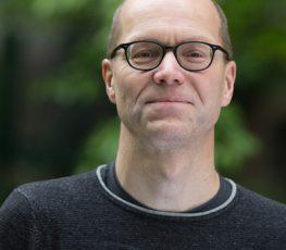 Dr. Stefan Fuchs